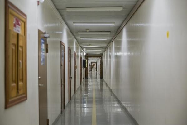 600 meters long corridor